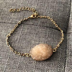 Jewelry - Geode Peach bracelet